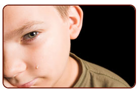 Boy crying over divorce | Broward Pompano Beach Carmen G. Soto P.A.